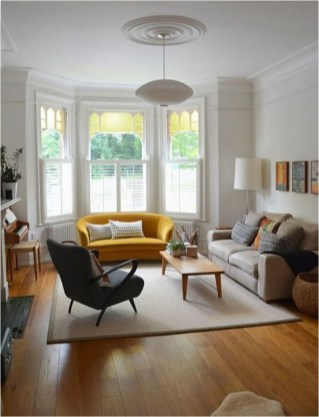 Small Living Room With Classic Style