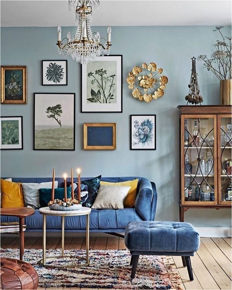 Corner Space for Tips and Tricks to Decorate a Narrow Living Room