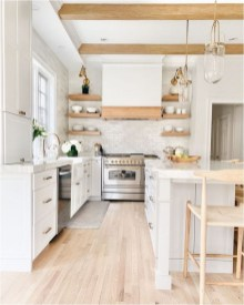 White And Wood Farmhouse Ideas