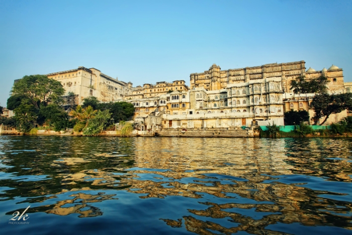 View of City Palace and Hotel Fateh Prakash from Lake Pichola, Udaipur