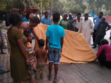 Setting up a prototype near Kali Bari Mandir (2)