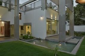 The Veiled House - Nishant Machhar Architects