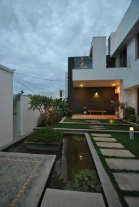 Mr & Mrs Pannerselvam's Residence at Erode by Murali Architects