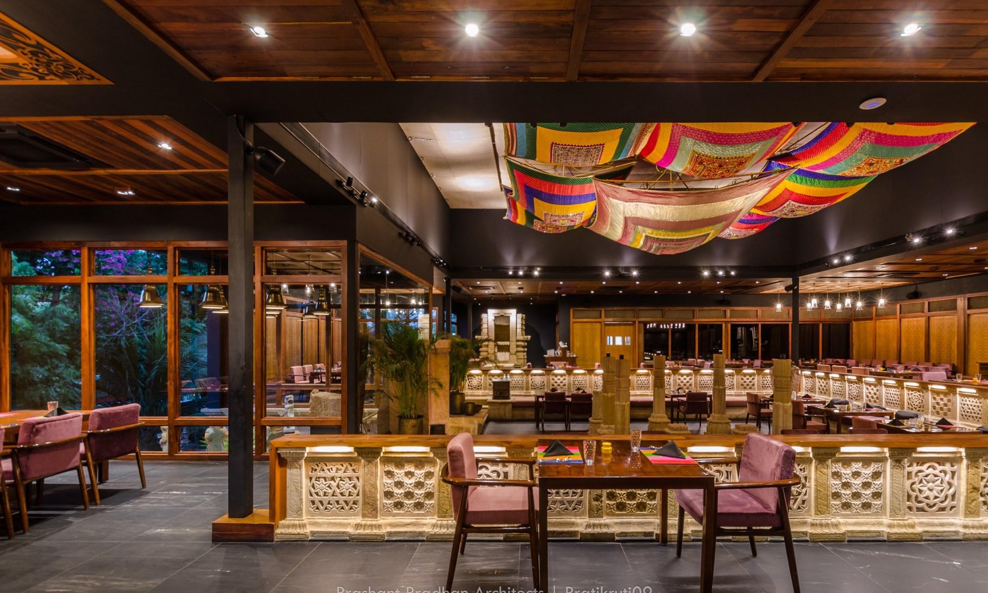 Rangeen, restaurant at Ahmadabad, by Prashant Pradhan Architects 245