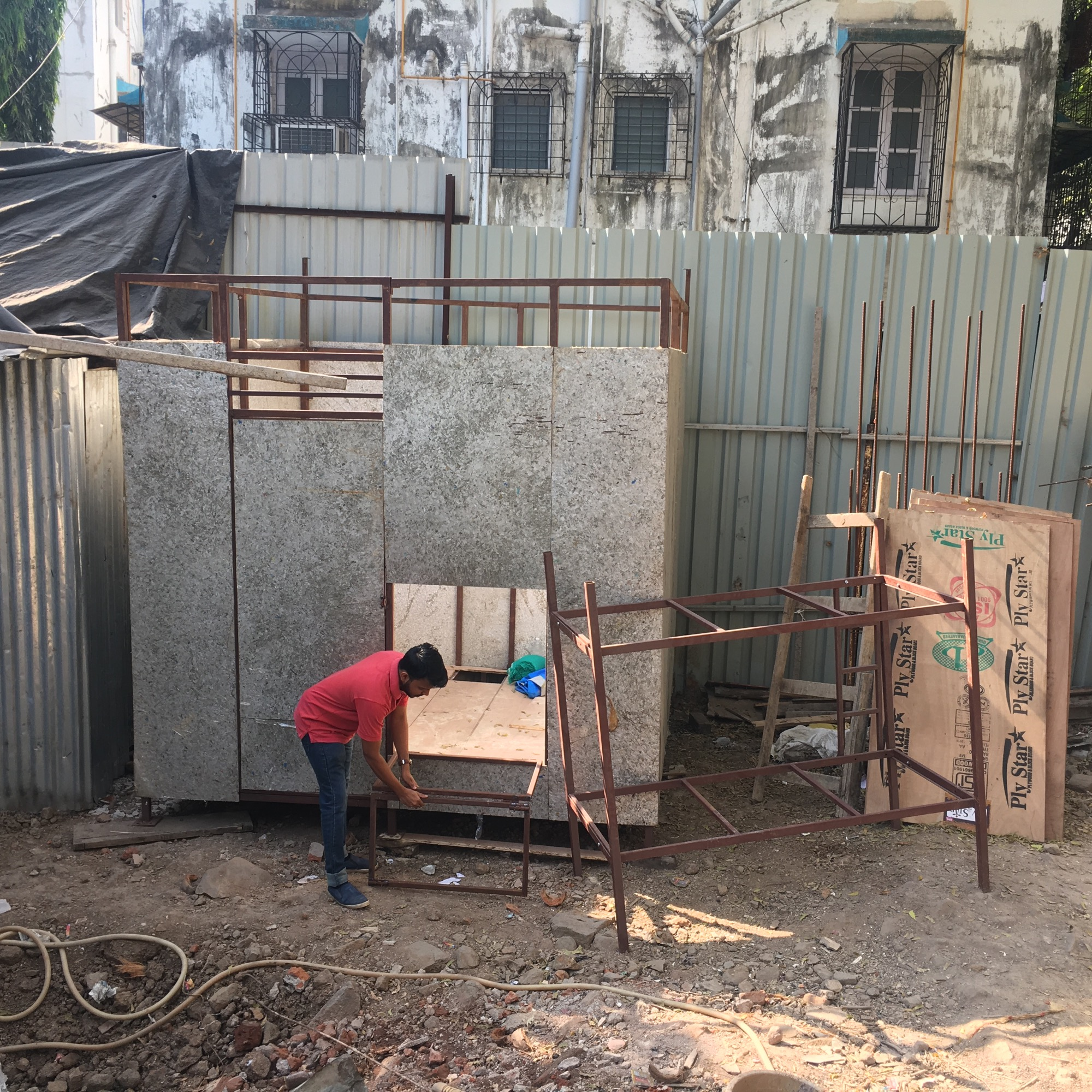 Urban Nomads- Housing for on-site migrant construction