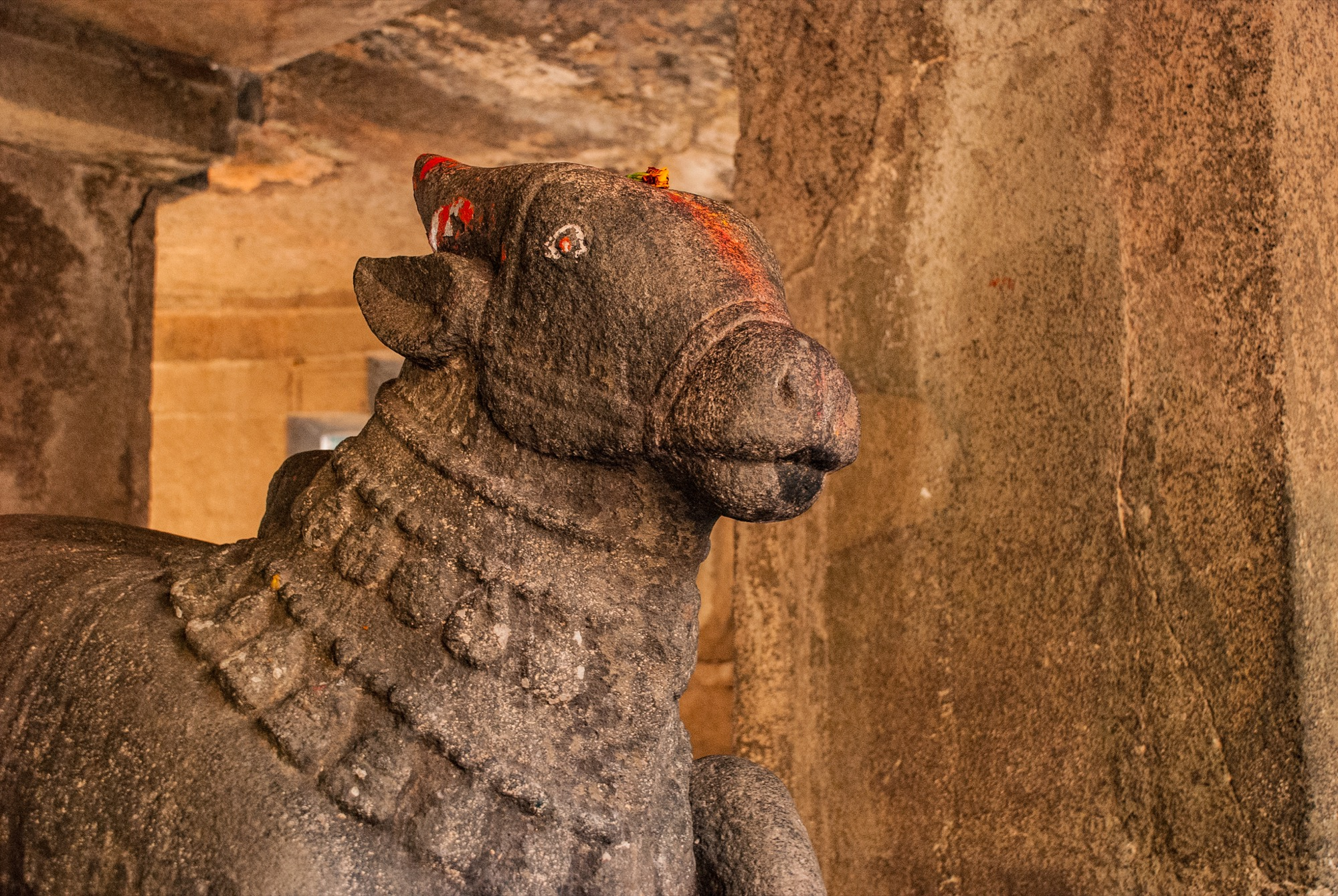 Pataleshwar caves - Pune's hip underground meet-up place since a cool 1300 years! 2