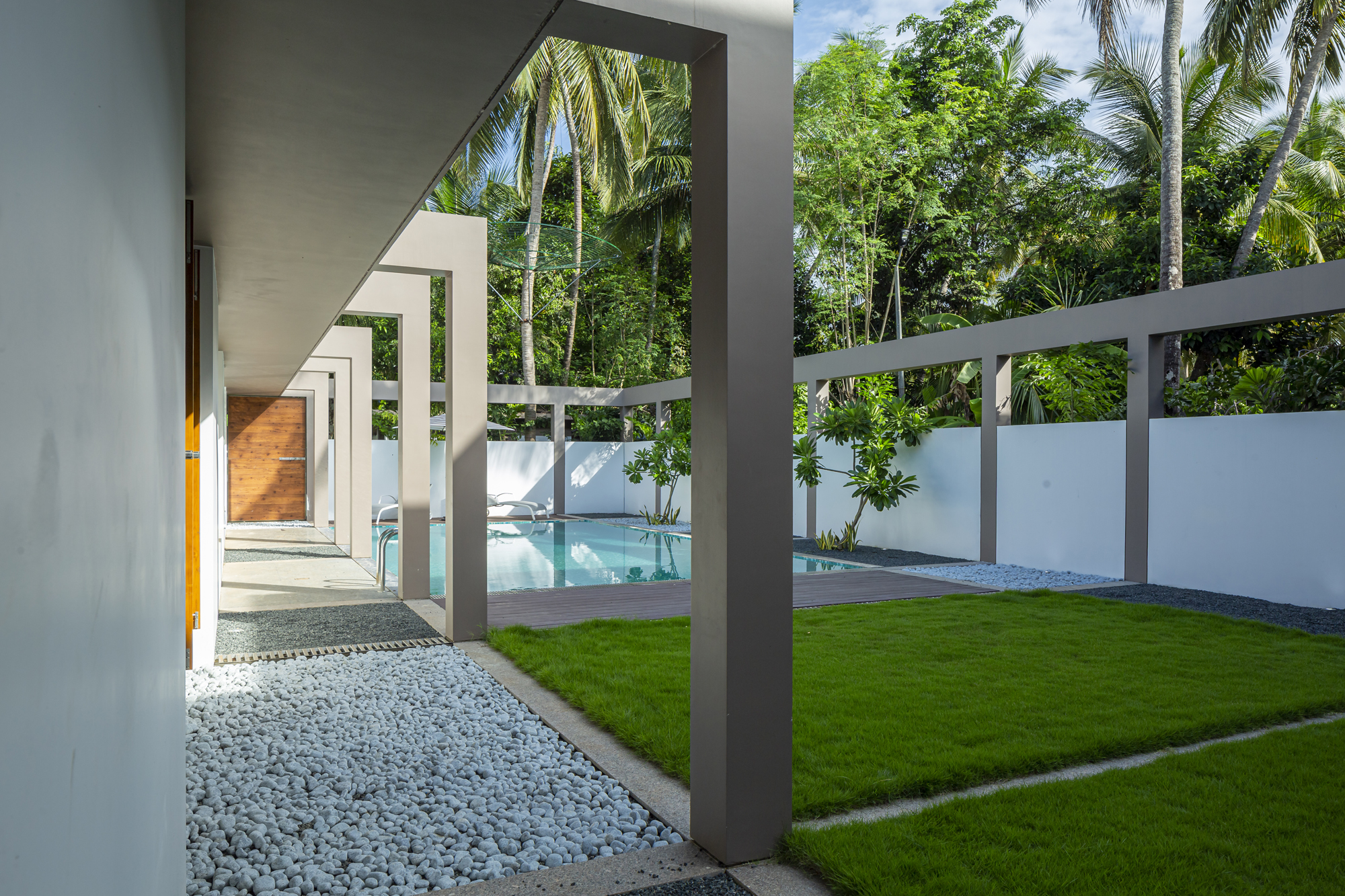The House Within The Grid, at Thrissur, Kerala, by LIJO.RENY.architects 19