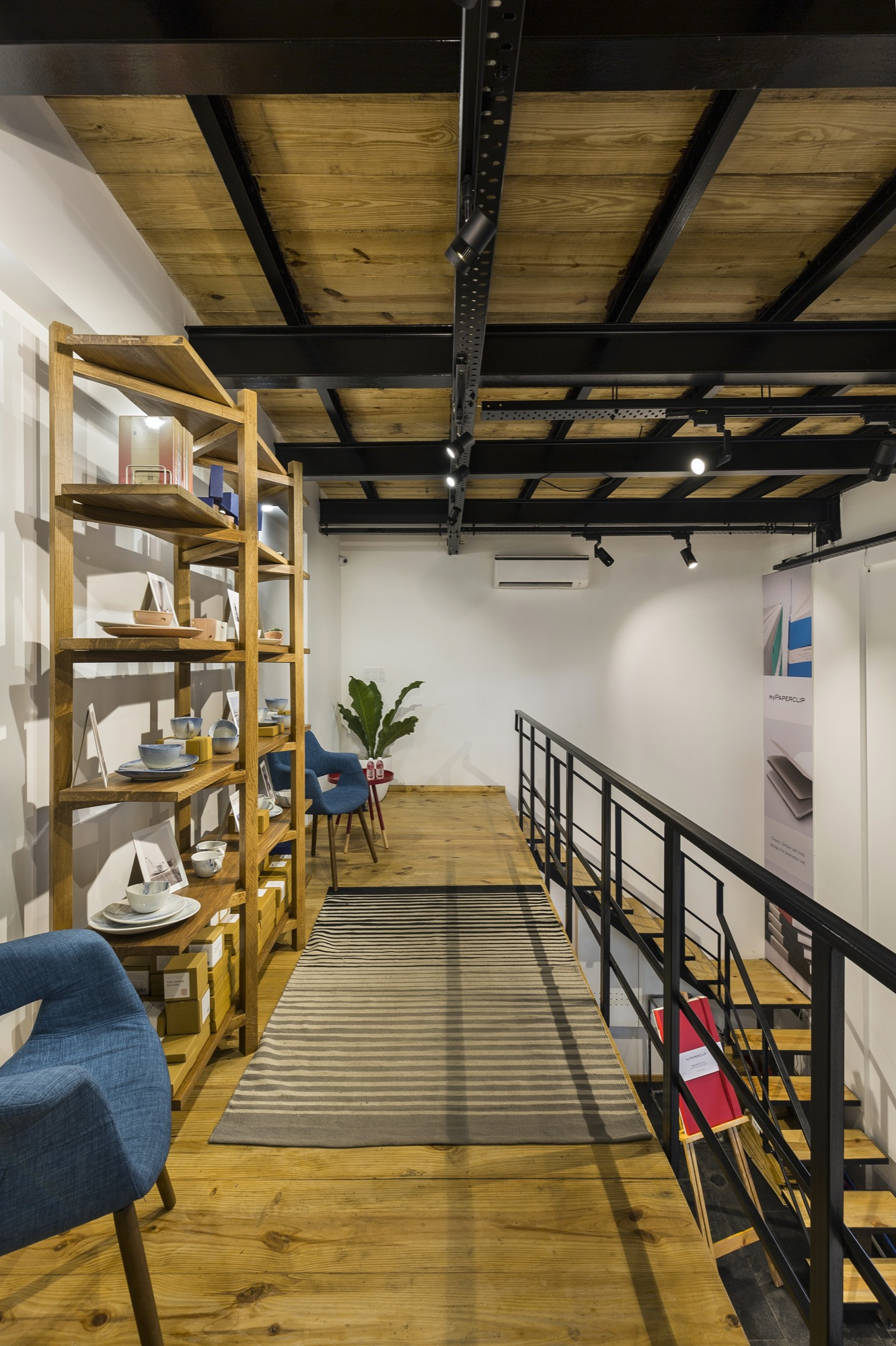 Mypaperclip Flagship Store – Stationery Experience Center at Gurgaon, by Sync Design Studio 15