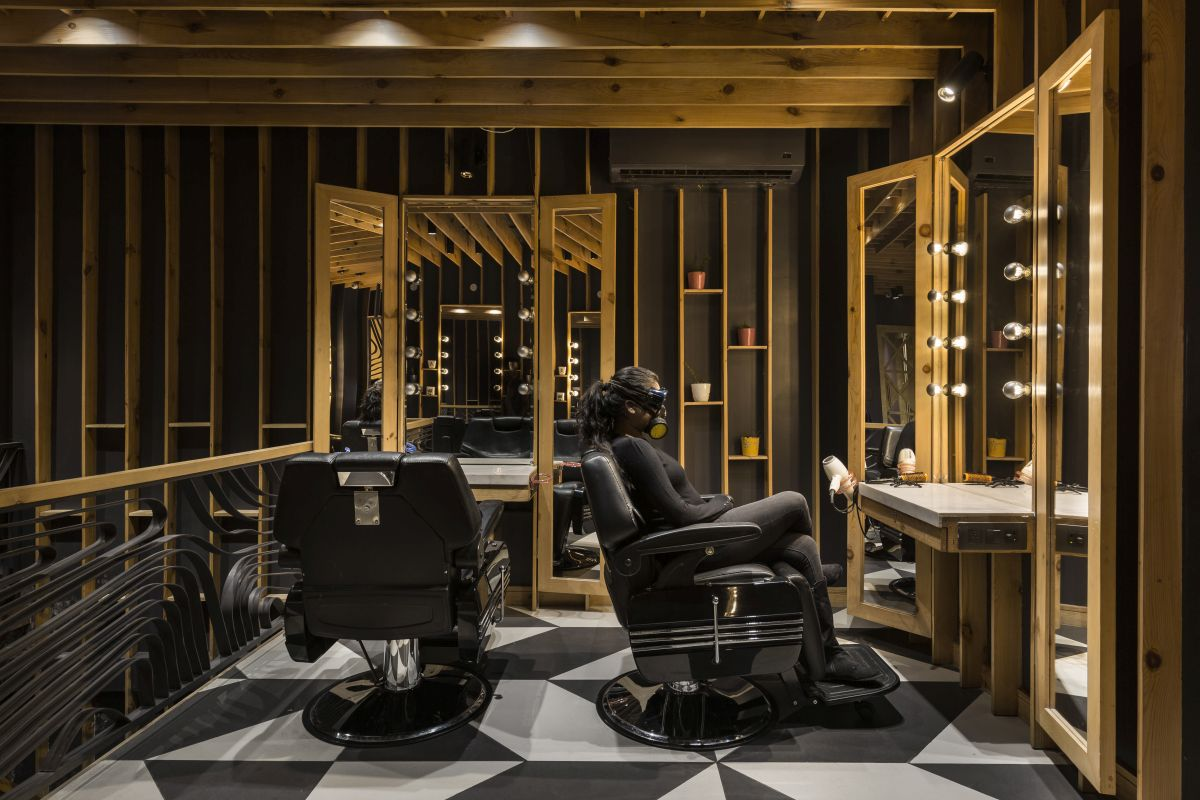 Jawed Habib Salon- Sync Design Studio