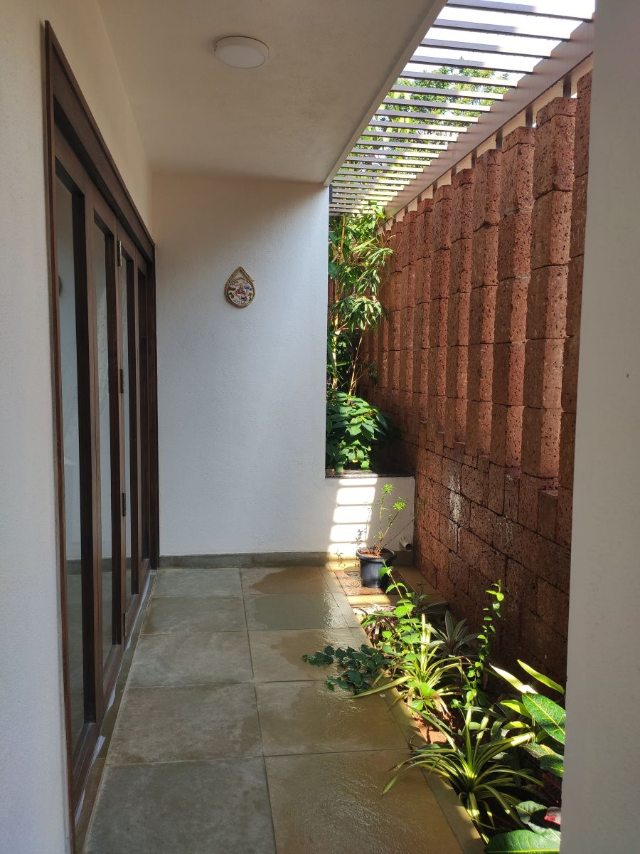 House on The Sloping Road, at Bangalore, India, by 6mmdesigns 24