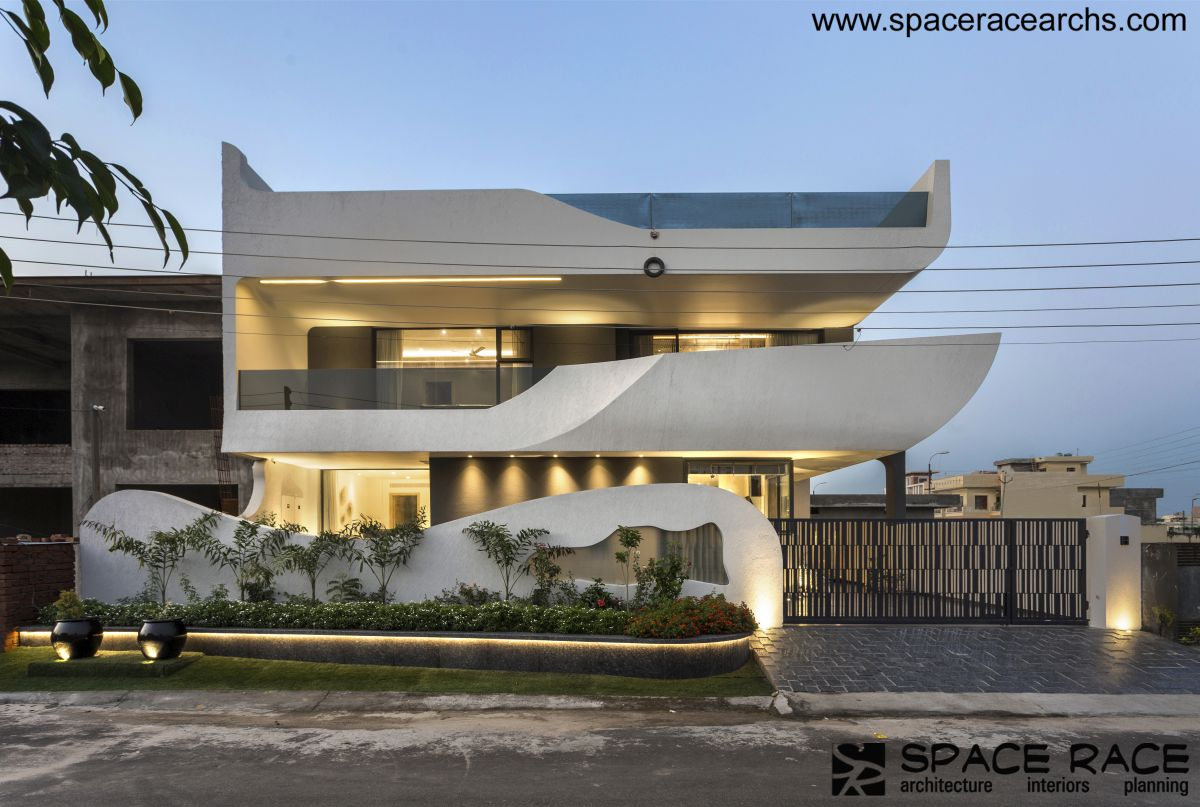 Contemporary Abode, at Jalandhar, Punjab, by Space Race Architects