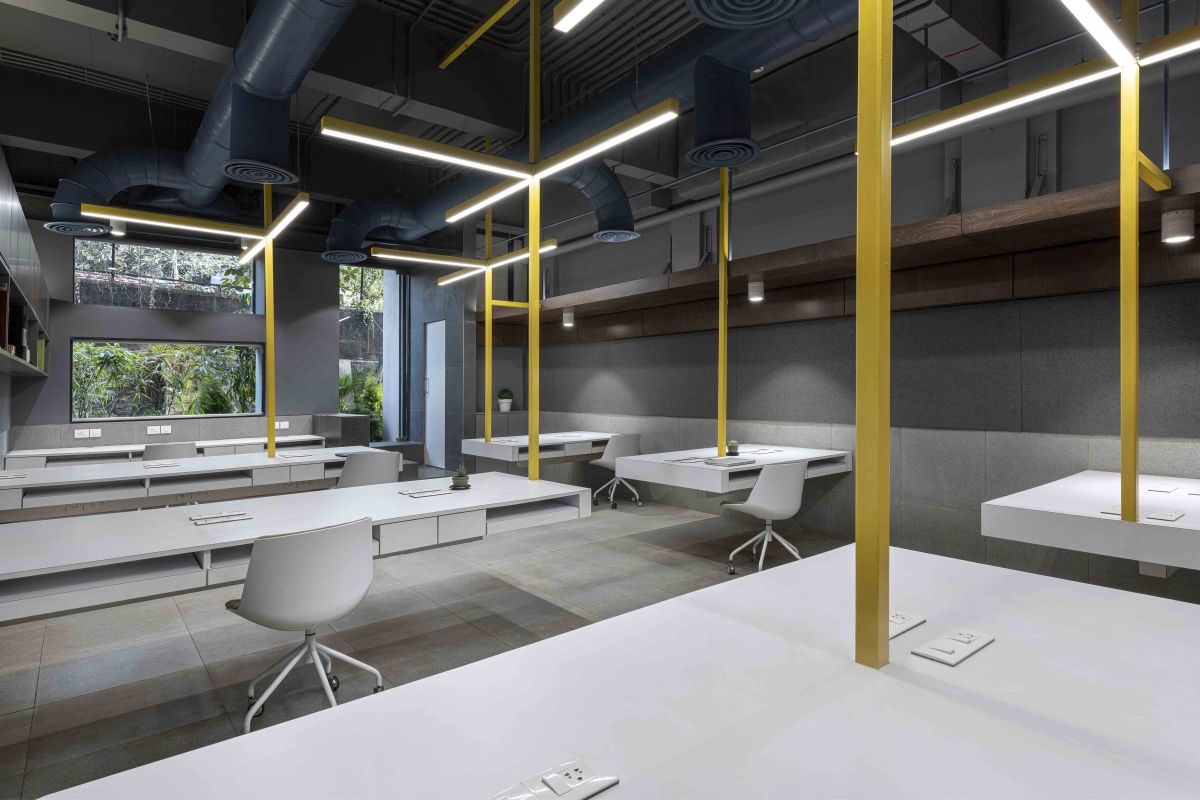 Suspended Office, at Mumbai, by DIG Architects 15