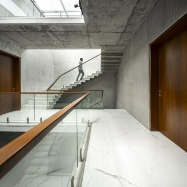 8.Stairwell view
