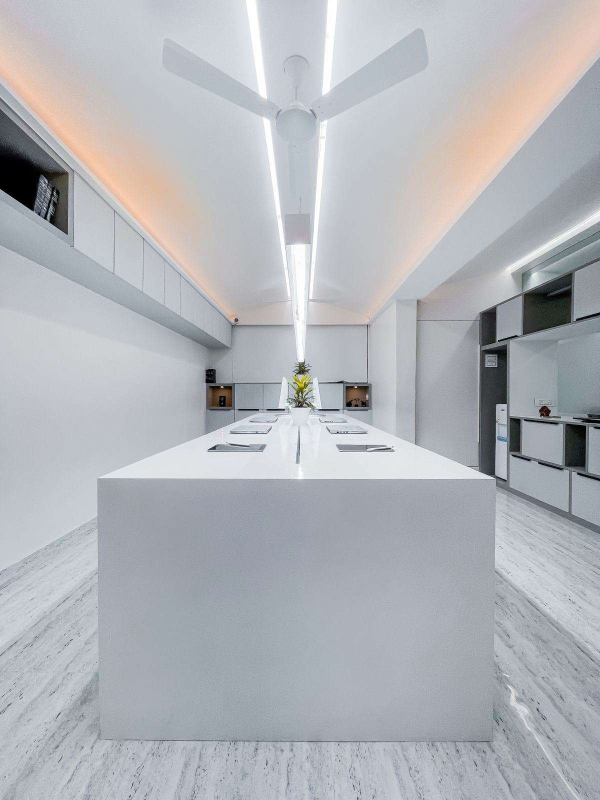 The White Space, at Ahmednagar, by Tres Atelier LLP 3