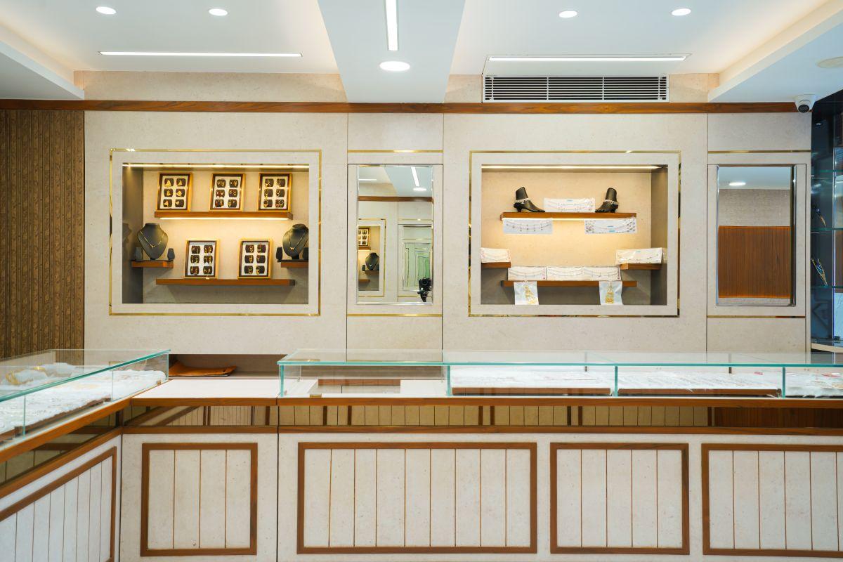 Rajat Jewellers, at Surat, by, Studio Samarpan   Chirag Jain 29