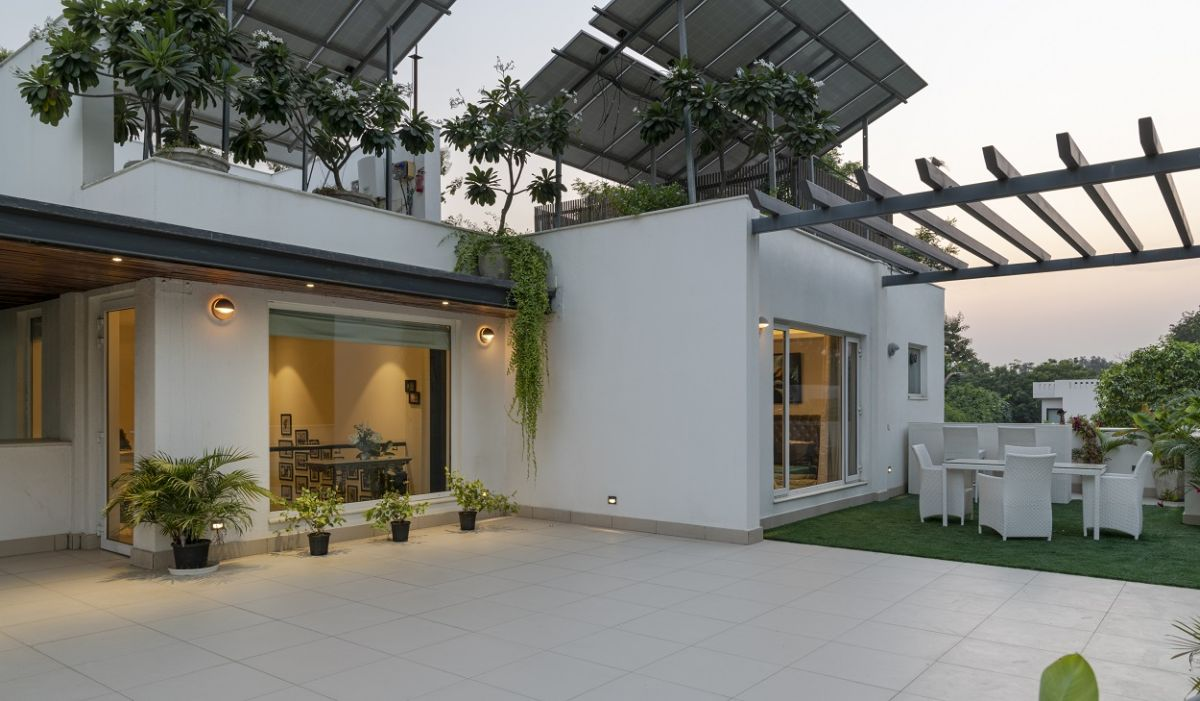 A House Surrounded by a Green Footprint | Ansal Villas, by RSDA 14