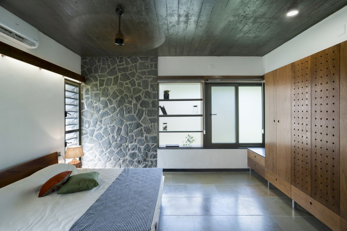 Dr Maani House 2020, at Koothattukulam, by RGB Architecture Studio 29
