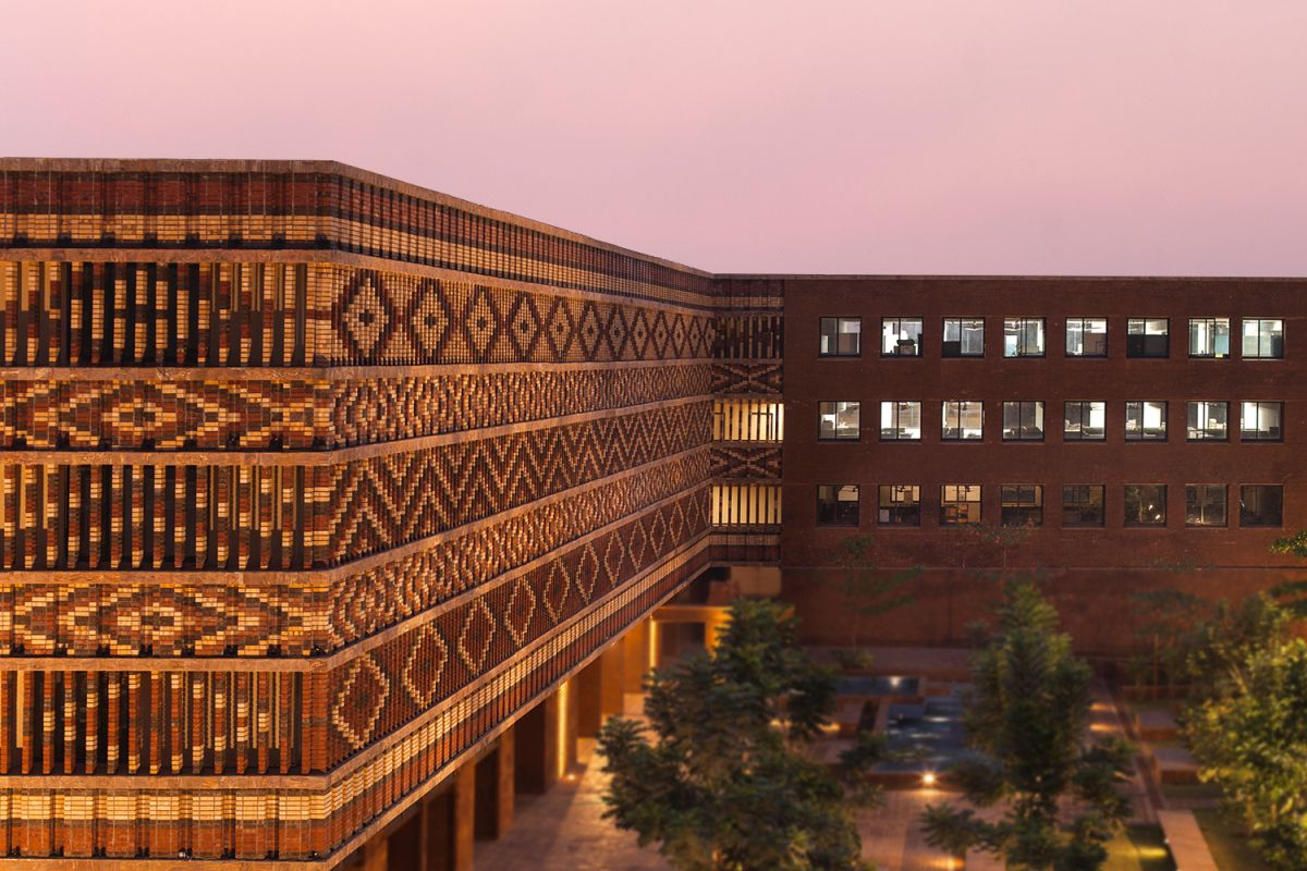 Krushi Bhawan   150 Local Artisans Come Together to Craft a Civic Building in India, by Studio Lotus 26