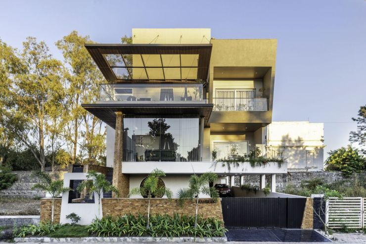 Yellow Stone House, at Indore, by Span Architects 2