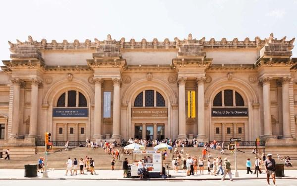 Glories Of Finest & World' Largest Metropolitan Museum Art