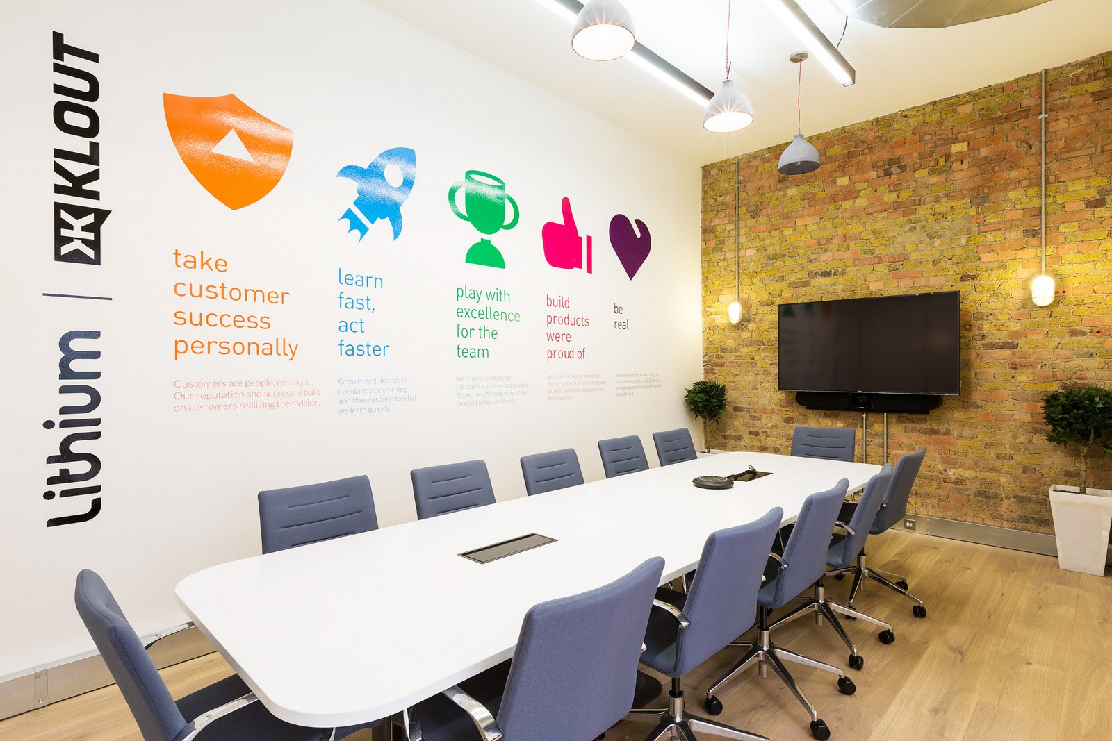 80 Creative Office Wall Design Ideas To Increase Productivity  Architecture Ideas