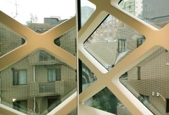 2003 - Prada Aoyama - Herzog & de Meuron