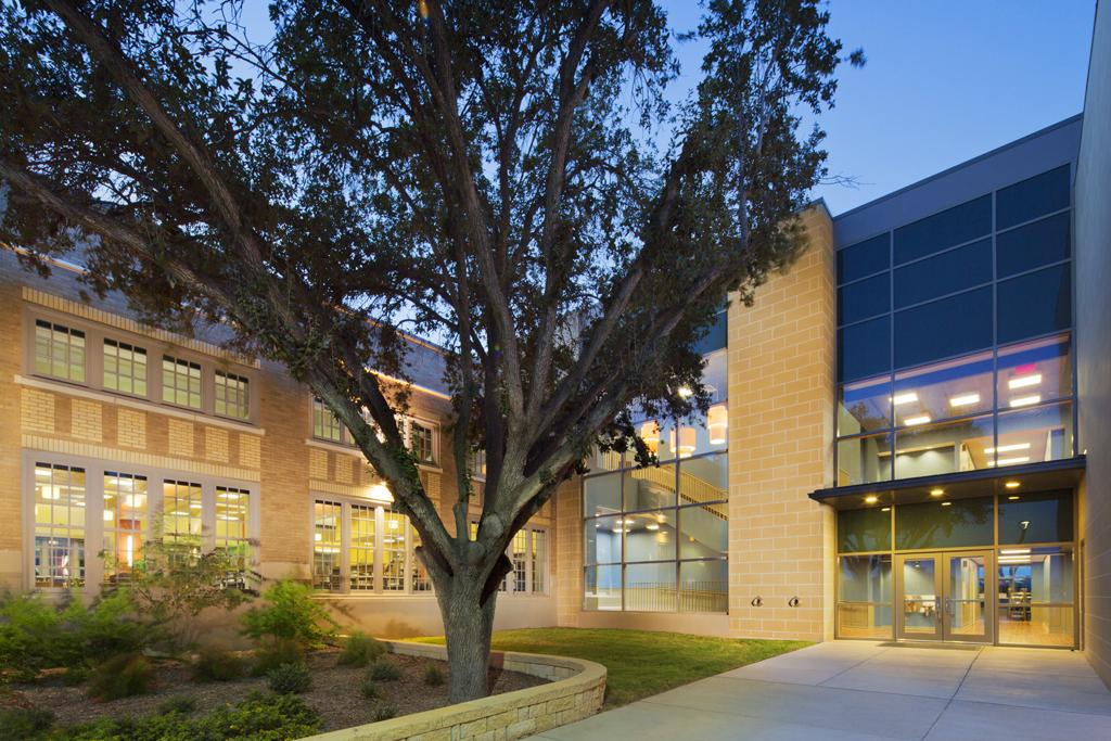 Thomas Jefferson T-stem Early College High School - Architizer