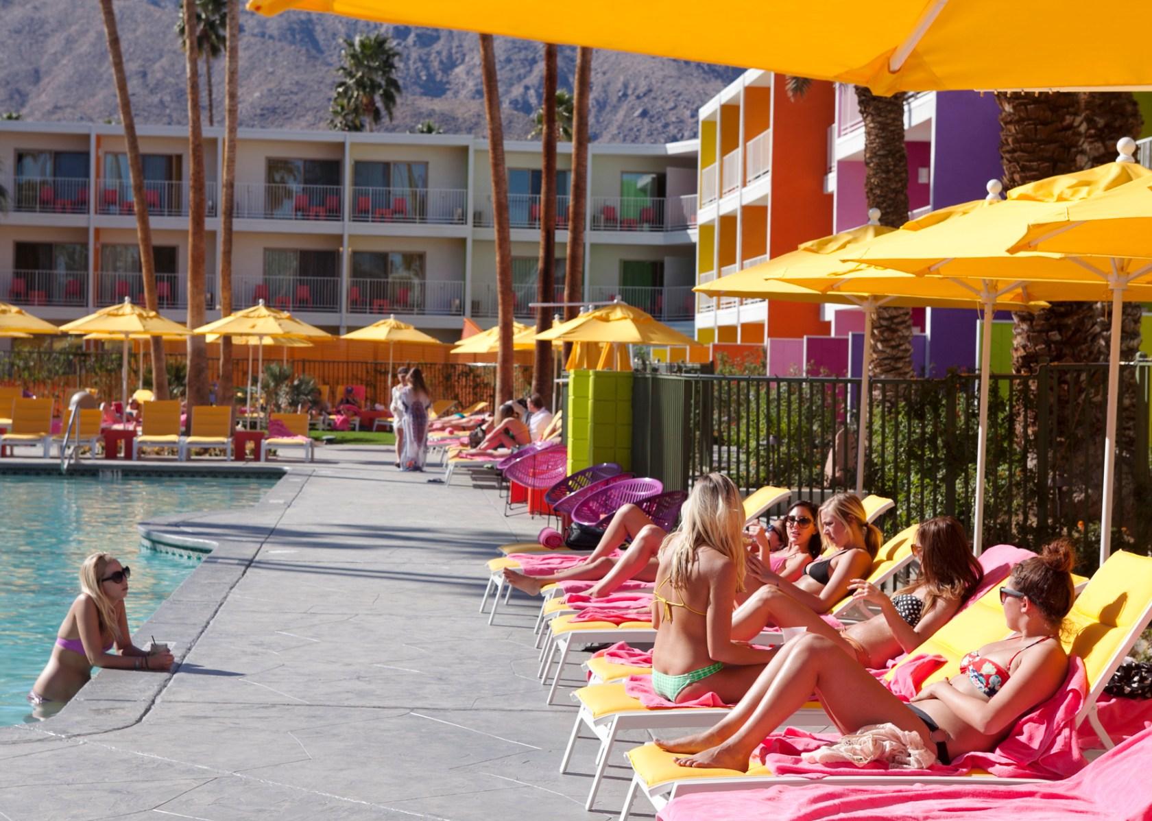 Saguaro Palm Springs - Architizer