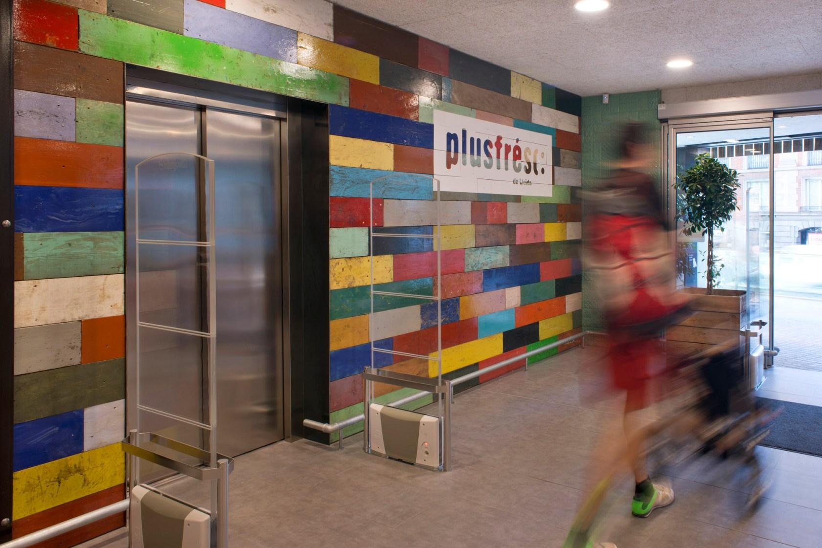 Plusfresc Supermarket - Architizer