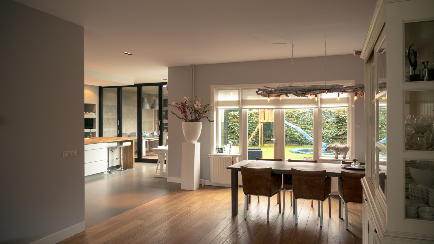 Renovation and extension with big kitchen in Breda