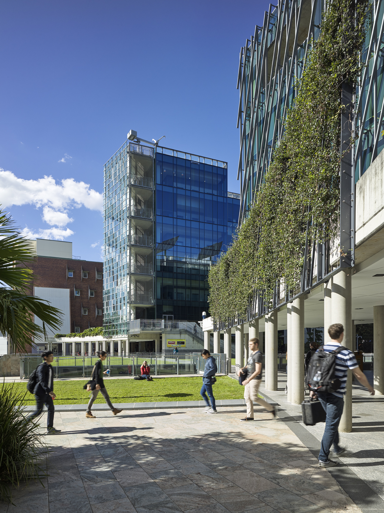 Science And Engineering Centre Queensland University Of