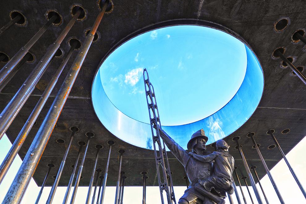 Minnesota Fallen Firefighters Memorial - Architizer