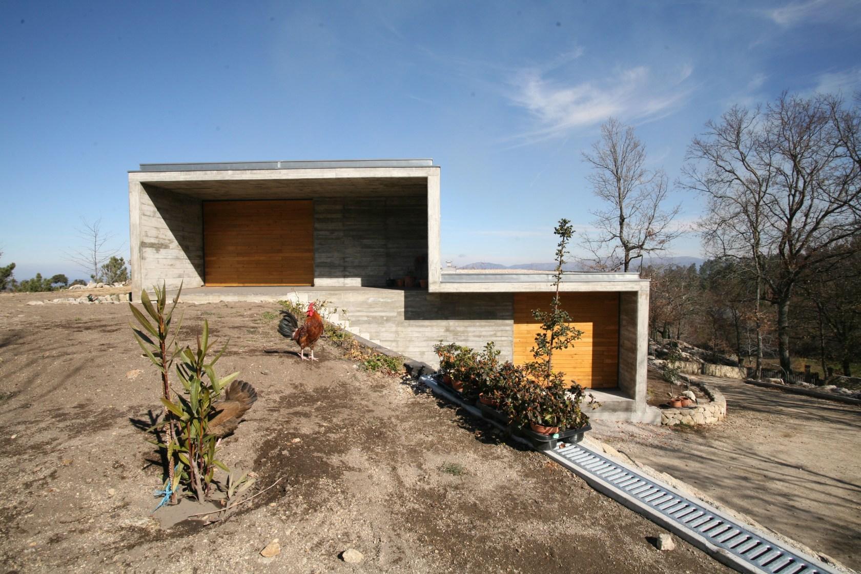 Casa Da Ladeira Serra Freita - Architizer