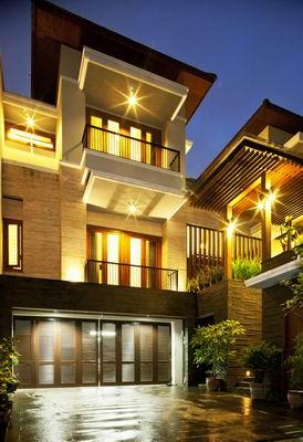 Modern Tropical House Design