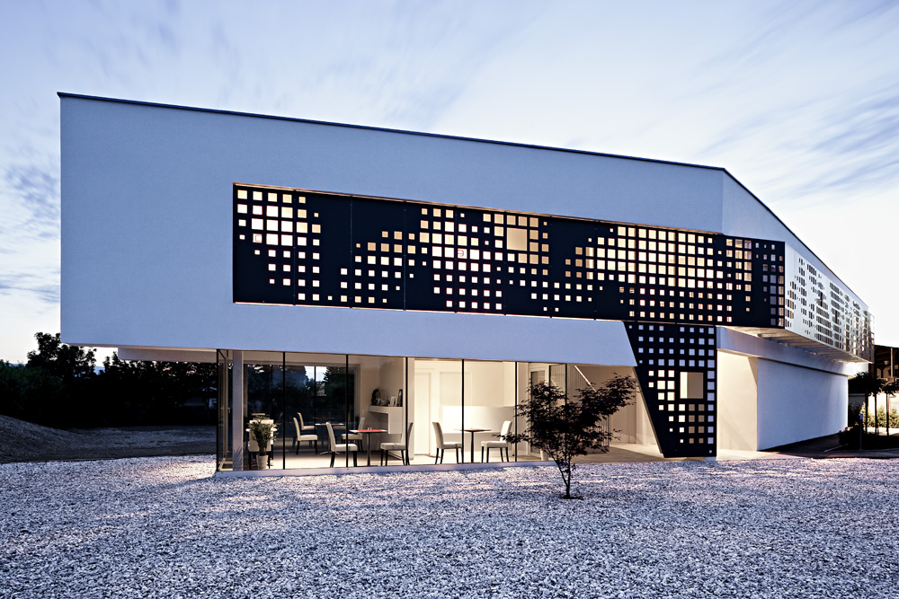 Hotel Caldor - Check In Architizer