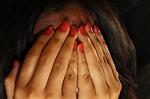 Angst Terror Versteckt Hände Schande