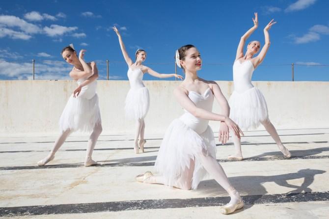 : Australian Ballet Swan Lake dancers at Icebergs