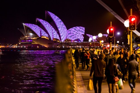 Vivid Sydney 2015 : Lighting of the Sails Dawes Point Sydney