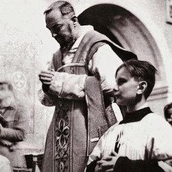 078 Padre Pio Extraordinary Form