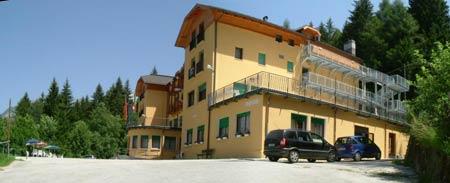 Vacanze estive nei Centri di soggiorno per anziani bambini adolescenti  Comune di Venezia