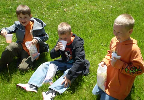 Onekama Elementary Enjoys Good Behavior Field Day May 2008