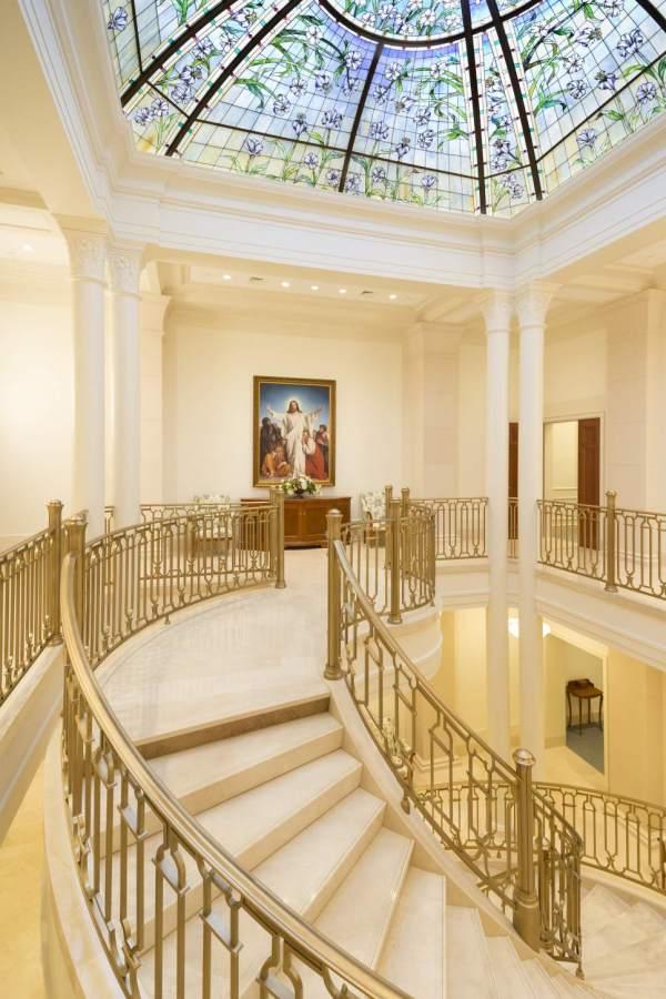 Mormon Church Dedicates Paris Temple In Style - Salt