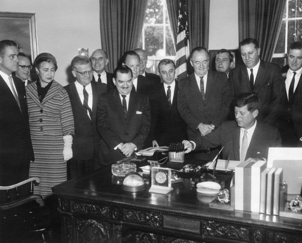 Bill Signing - . 7500 Public Law 87-293 Peace Corps