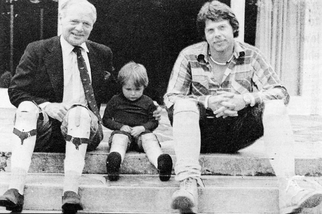 1981 Douglas Bader (left)