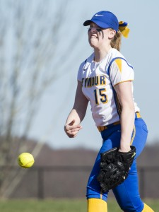 Seymour's Raeanne Geffert pitches in Oxford Wednesday afternoon. The Wildcats won, 9-1, and are now undefeated at 4-0. Erin Covey Republican-American
