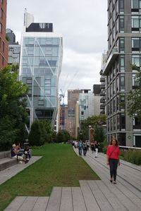 Walkers enjoy the High Line, an elevated path on old railroad tracks in Manhattan.  CARRIE MACMILLAN / REPUBLICAN-AMERICAN