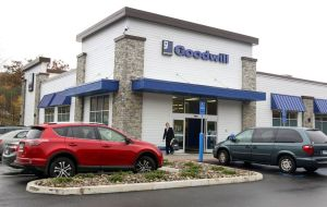 Goodwill of Western & Northern Connecticut opened a new 11,000-square-foot store and donation station at 274 Oxford Road in Oxford, Connecticut. This was the first retail outlet to open at Quarry Walk – Oxford´s Towne Center located on Route 67.   Steven Valenti Republican-American