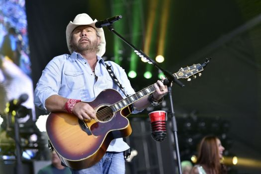 Toby Keith performs at Naperville's Ribfest at Knoch Park on Friday, June 30, 2017, in Naperville, IL. (Photo by Rob Grabowski/Invision/AP)
