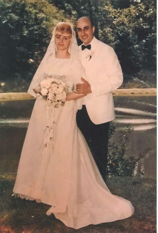 Mr. and Mrs. John A. Cetta Jr.