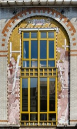 Maison rue Malibran n°47 (Ixelles), détail de la façade, architecte : Edmond Pelseneer, sgraffite : Paul Cauchie | Huis Malibranstraat nr. 47 (Elsene), detail van de voorgevel, architect : Edmond Pelseneer, sgraffito : Paul Cauchie – photo : © Monuments & Sites – Bruxelles